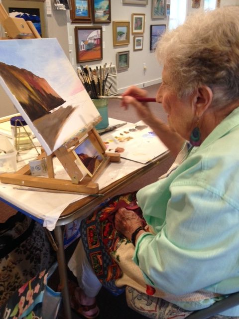 Marion Harcourt demonstrating at Meet The Artist, ©Guild of Harwich Artists